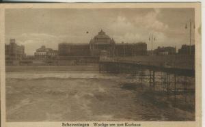 Scheveningen v. 1955 Woelige zee met Kurhaus (AK2089)