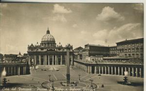Citta del Vaticano -- Piazza S. Pietro e Palazzi Vaticani v. 1960 (AK2476)