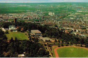 AK Karlsruhe, Sportschule Schöneck, Luftbild, ca. 1970er Jahre (?), ungelaufen ohne Marke
