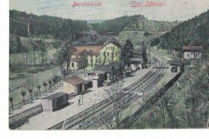 AK Pöhl, Jocketa, Barthmühle, Bahnhof, Elstertalbahn, Vogtland, Vogtländische Schweiz, 1915 gelaufen, Feldpost, ohne Marke