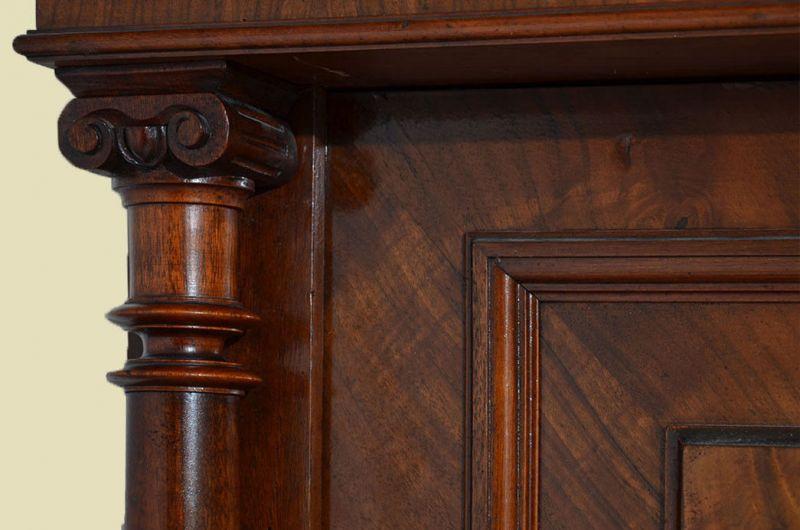 Antiker Gründerzeit Kleiderschrank Säulen & Schublade von 1880 10