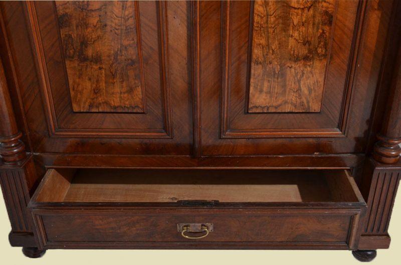 Antiker Gründerzeit Kleiderschrank Säulen & Schublade von 1880 4