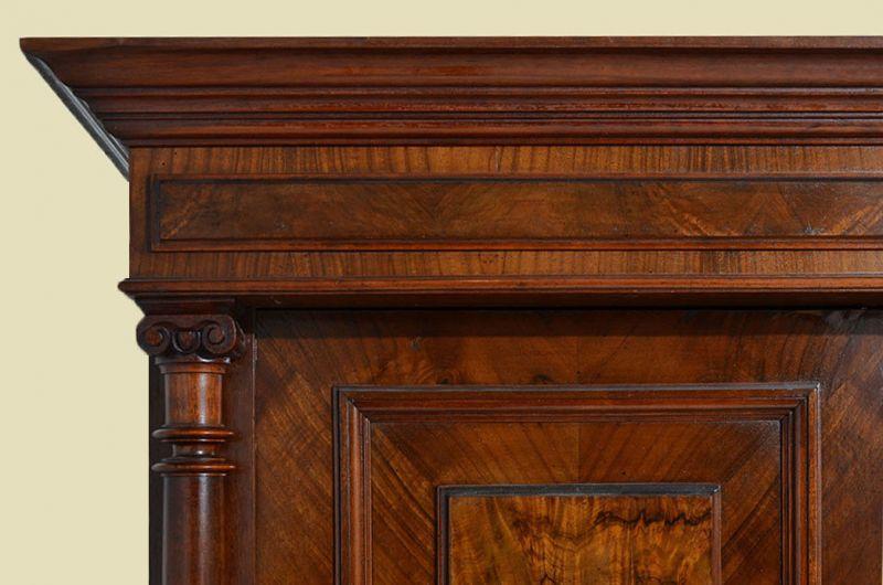 Antiker Gründerzeit Kleiderschrank Säulen & Schublade von 1880 9