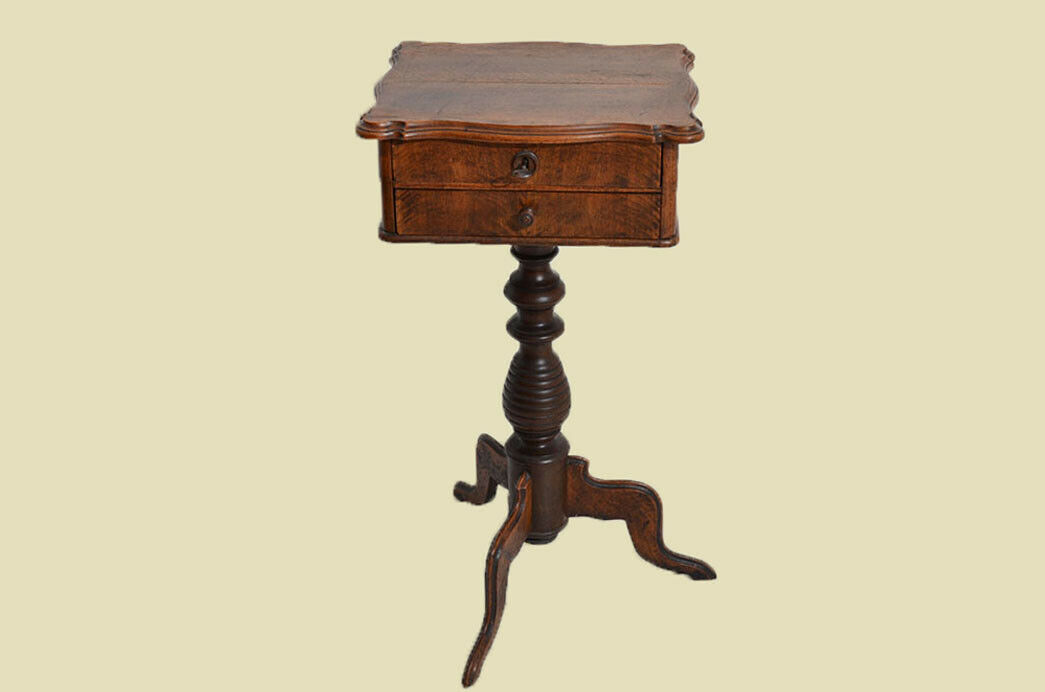 Antiker Louis Philippe Nußbaum Beistelltisch Tisch Nähtisch von 1860 1