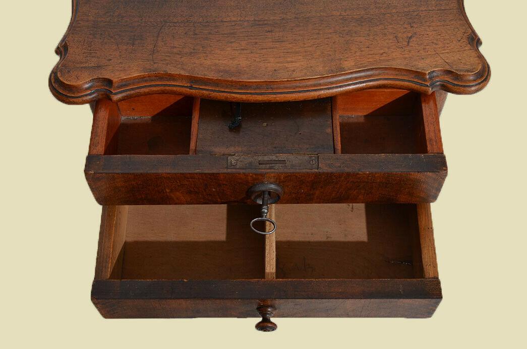 Antiker Louis Philippe Nußbaum Beistelltisch Tisch Nähtisch von 1860 5