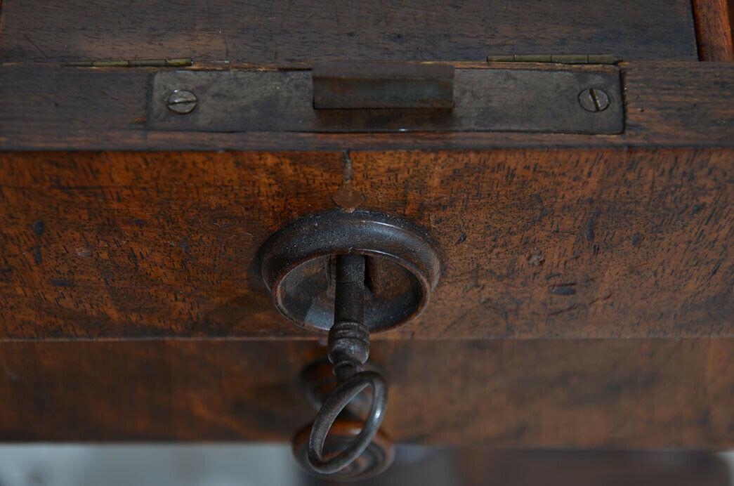 Antiker Louis Philippe Nußbaum Beistelltisch Tisch Nähtisch von 1860 7
