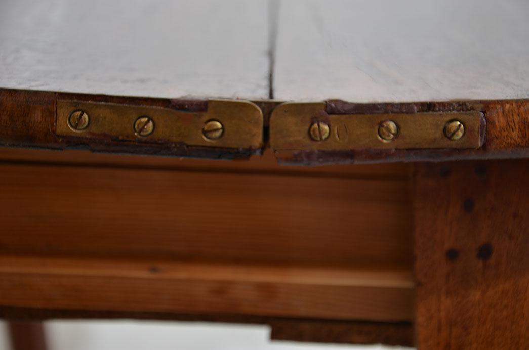 Kleiner Antiker LP Mahagoni Beistelltisch Spieltisch Tisch von 1860 9