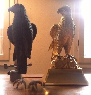 Skulptur Falke mit Gußmodell