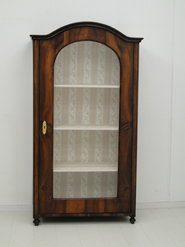 4994 historismusvitrine b chervitrine gr nderzeit vitrine historismus altdeutsch. Black Bedroom Furniture Sets. Home Design Ideas