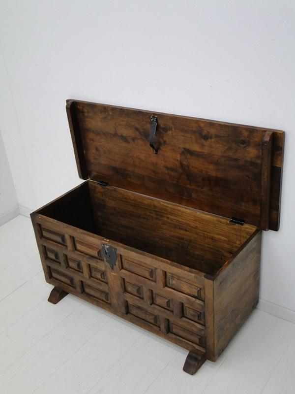 der artikel mit der oldthing id 39 27888500 39 ist aktuell. Black Bedroom Furniture Sets. Home Design Ideas