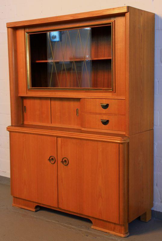 sch ner k chenschrank k chenbuffet aus den 60iger jahren. Black Bedroom Furniture Sets. Home Design Ideas