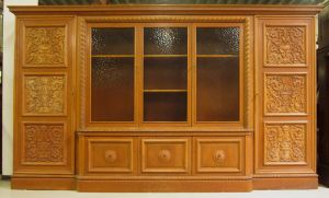Heller Bücherschrank / Highboard aus der Neorenaissance um 1930 Antik Kolosseum 0