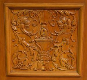 Heller Bücherschrank / Highboard aus der Neorenaissance um 1930 Antik Kolosseum 10