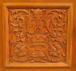 Heller Bücherschrank / Highboard aus der Neorenaissance um 1930 Antik Kolosseum 11