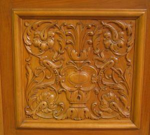 Heller Bücherschrank / Highboard aus der Neorenaissance um 1930 Antik Kolosseum 8