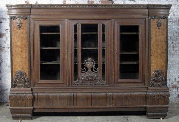 Repräsentativer Bücherschrank gefertigt um 1910 aus Eiche Antik Kolosseum