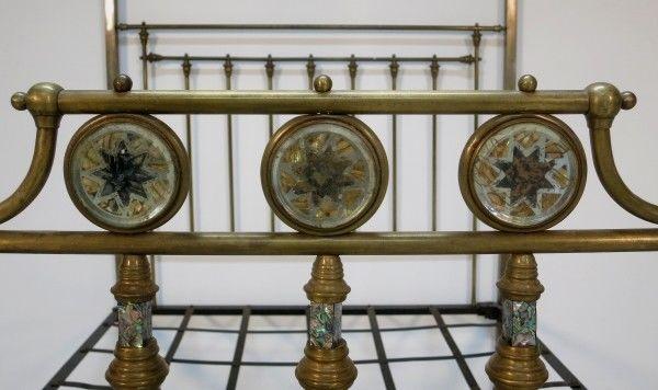 Jugendstil Himmelbett aus Messing mit Perlmuteinalgen um 1900 Antik Kolosseum 6