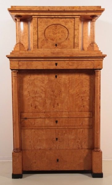 original biedermeier blender kleiderschrank aus birkenholz antik kolosseum nr 272786818768. Black Bedroom Furniture Sets. Home Design Ideas