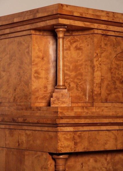 original biedermeier blender kleiderschrank aus birkenholz antik kolosseum nr 272786818768. Black Bedroom Furniture Sets. Home Design Ideas