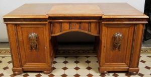 Restaurierter, kassettierter, freistehender Eiche Schreibtisch Antik Kolosseum