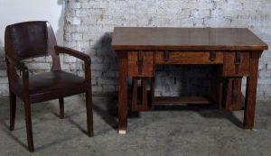 Einzigartiger Jugendstil Schreibtisch aus Eiche gefertigt um 1910Antik Kolosseum