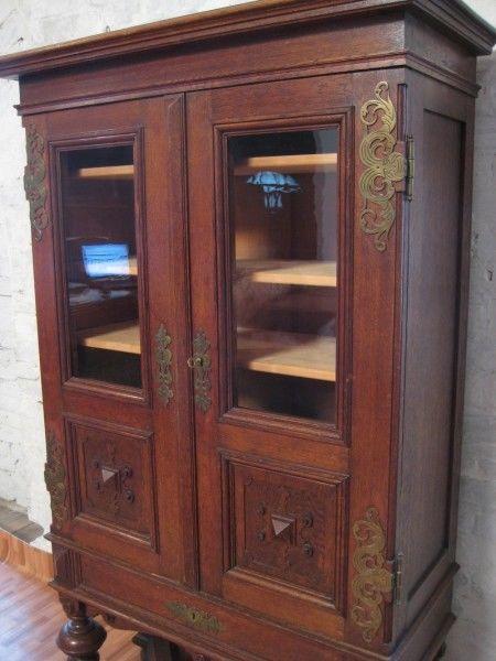Gründerzeit Bücher- Vitrinenschrank mit schönen Beschlägen Antik Kolosseum 3