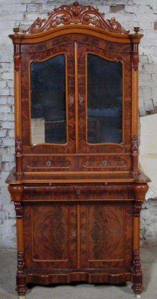 Louis Philippe Aufsatz- Kabinettschrank aus Nussbaum um 1860 Antik Kolosseum