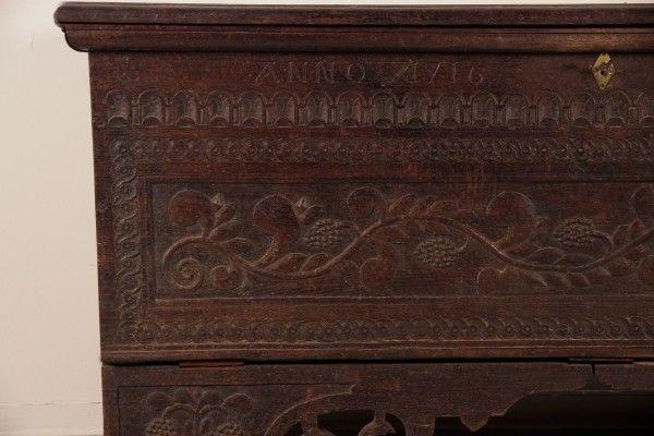 Originale Barock Truhe gefertigt im Jahr 1716 aus Eiche Antik Kolosseum 4