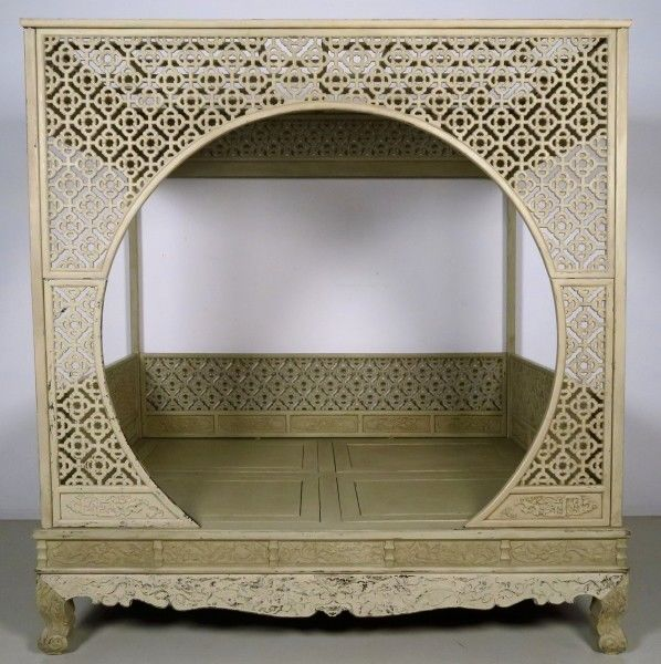 antike betten online kaufen oldthing. Black Bedroom Furniture Sets. Home Design Ideas