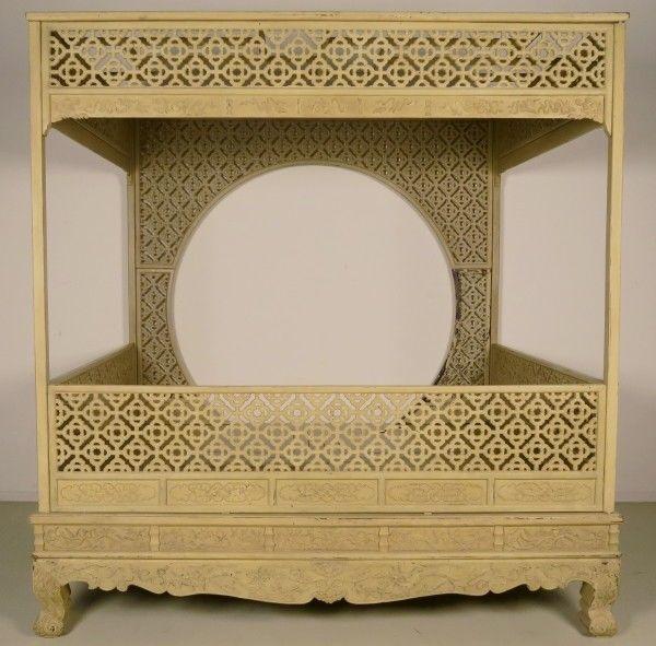 Original chinesisches Himmelbett mit schönen Schnitzereien Antik Kolosseum 3