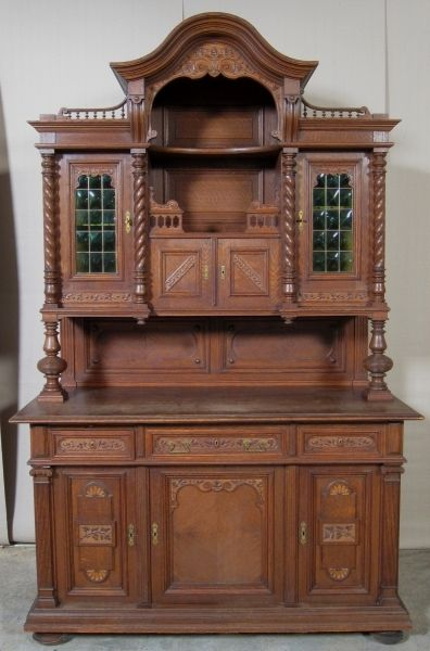sch nes jugendstil nussbaum buffet mit gr nen butzenscheiben antik kolosseum nr 391868452172. Black Bedroom Furniture Sets. Home Design Ideas