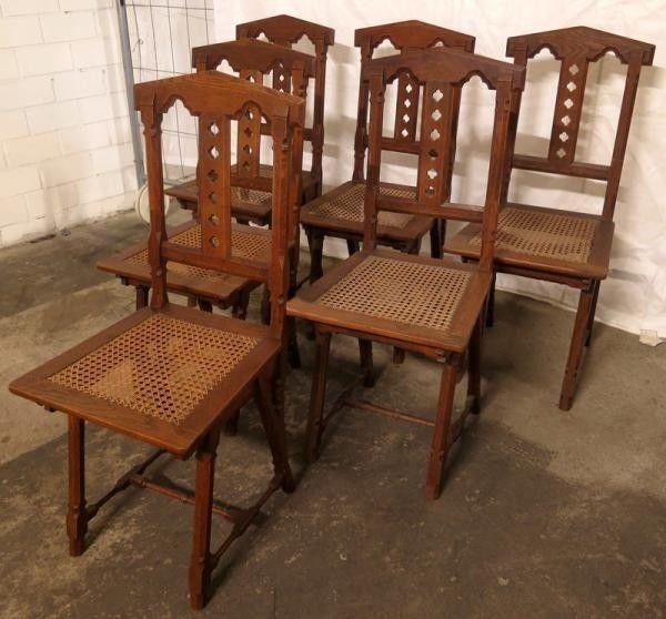 Sechs hübsche Stühle aus der Neogotik gefertigt um 1900 aus EicheAntik Kolosseum 1
