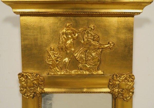 Außergewöhnlicher vergoldeter Empire Wandspiegel Antik Kolosseum 1