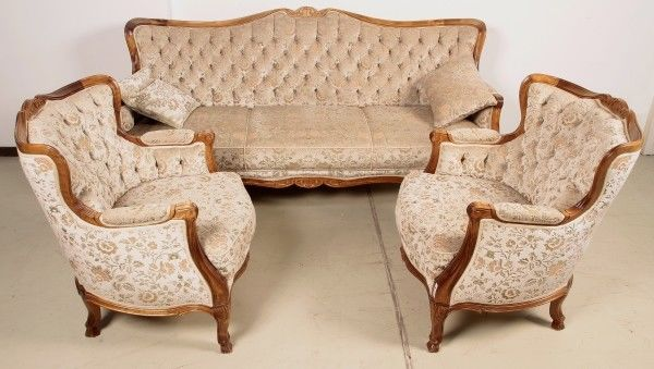 chippendale sofa awesome antique french cherry wood settee with chippendale sofa mahogany. Black Bedroom Furniture Sets. Home Design Ideas