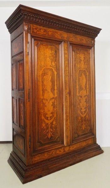 Original Barock Kleiderschrank mit wunderschönen Intarsien Antik Kolosseum 1