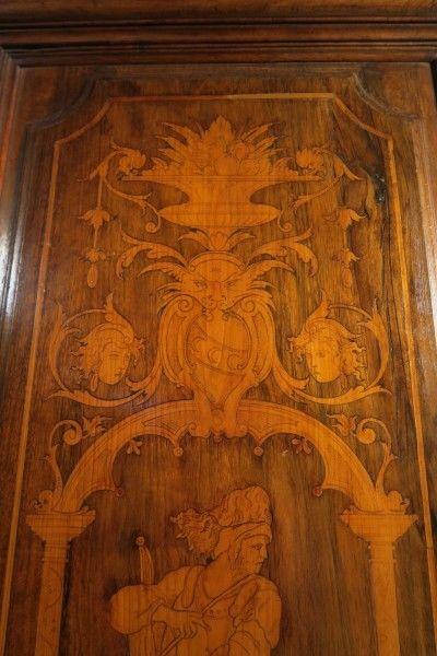 Original Barock Kleiderschrank mit wunderschönen Intarsien Antik Kolosseum 5