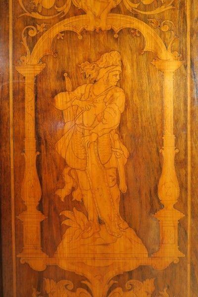 Original Barock Kleiderschrank mit wunderschönen Intarsien Antik Kolosseum 6