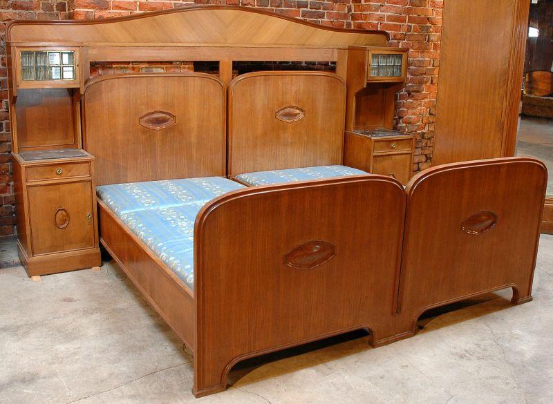 Delightful Schlafzimmer Grunderzeit #12: 2-teiliges Gründerzeit Nussbaum Schlafzimmer Von J. Groschkus Antik  Kolosseum 2