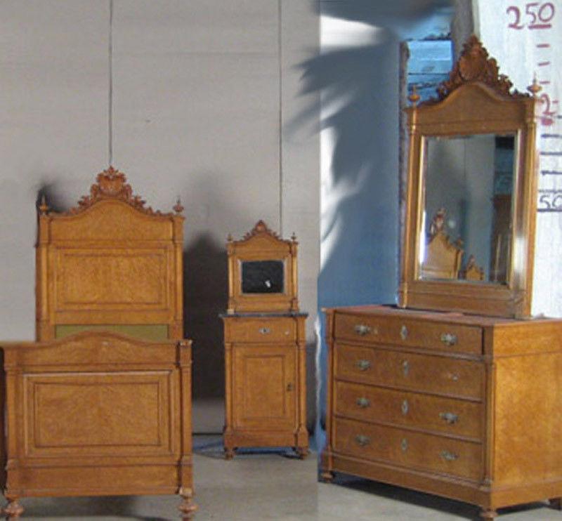3  Teiliges Gründerzeit Schlafzimmer Aus Ahorn Gefertigt Um 1900 Antik  Kolosseum 0
