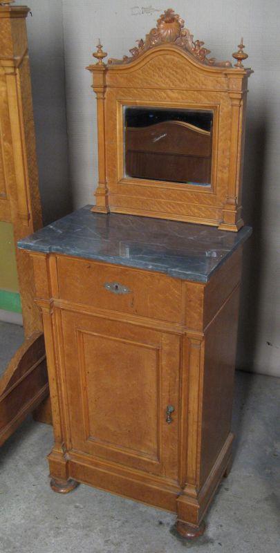 3  Teiliges Gründerzeit Schlafzimmer Aus Ahorn Gefertigt Um 1900 Antik  Kolosseum 2