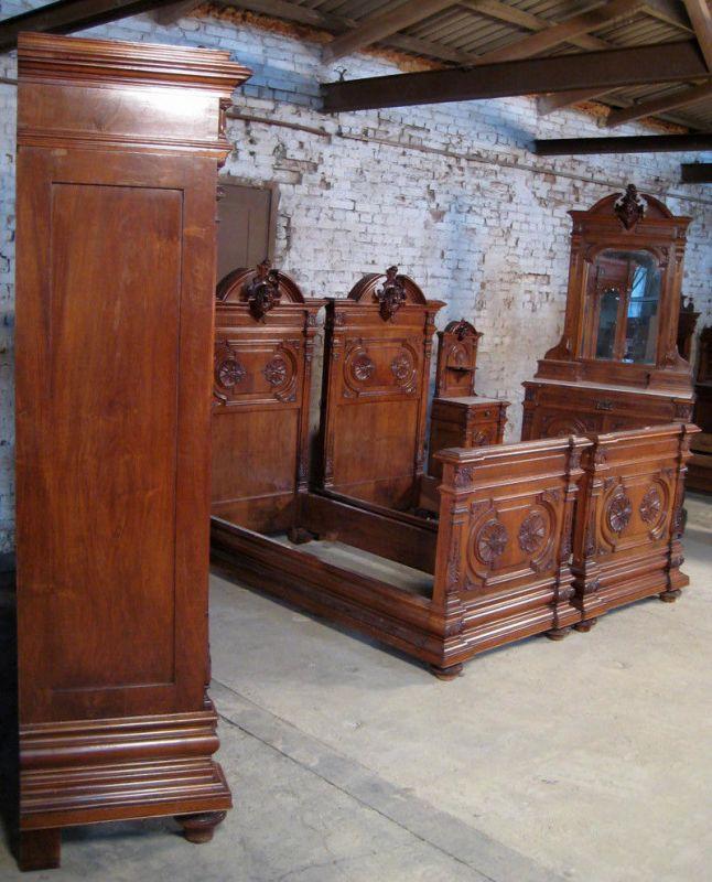 Sensationelles figürliches 7- teiliges Gründerzeit Schlafzimmer Antik Kolosseum Nr. 391919885737 ...