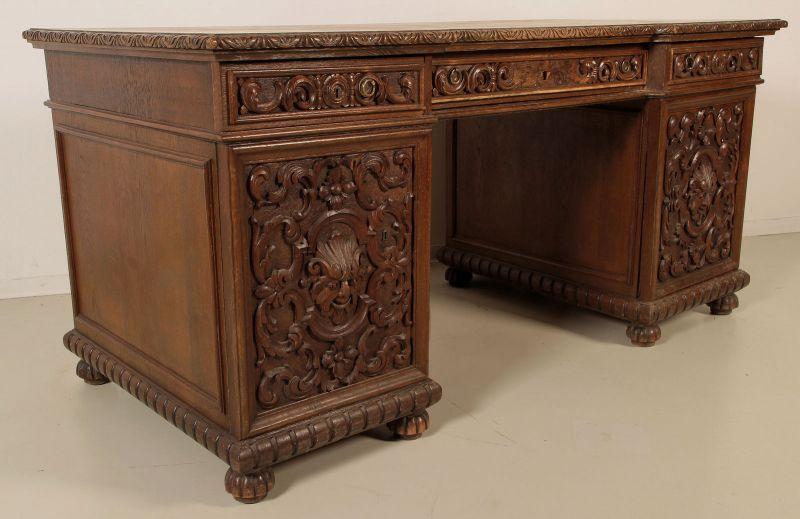 gr nderzeit schreibtisch mit geschnitzten fronten antik kolosseum nr 391930061000 oldthing. Black Bedroom Furniture Sets. Home Design Ideas