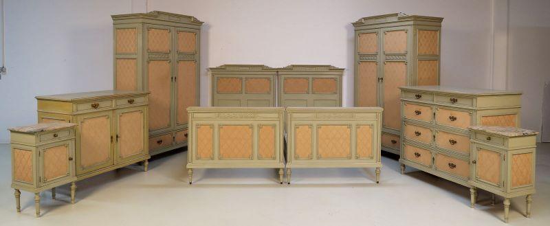 Komplettes historisches 7- teiliges Neo- Empire Schlafzimmer Antik Kolosseum
