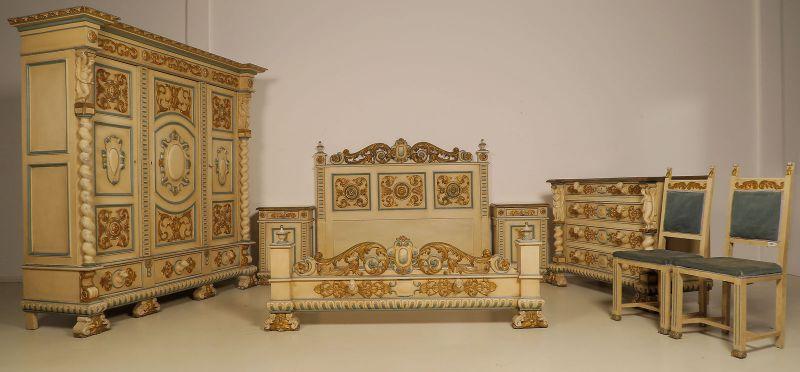 Wunderschönes 7- teiliges Schlafzimmer aus dem Historismus Antik Kolosseum