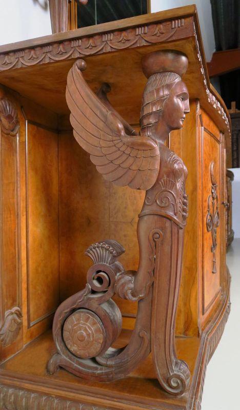 Zwei wunderschöne Neorenaissance Buffets mit Spiegelaufsatz Antik Kolosseum 6