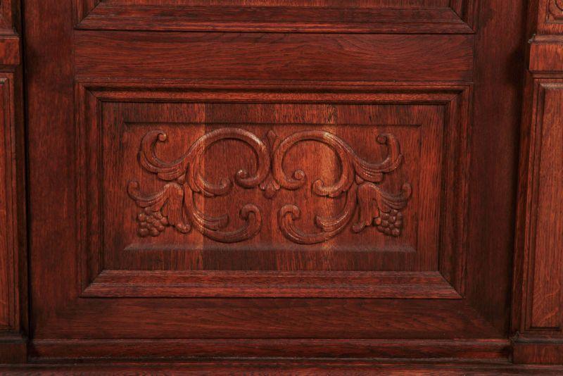 Schöner eintüriger Gründerzeit Besenschrank mit Engelsputte Antik Kolosseum 8