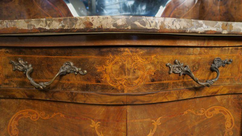 Elegantes Buffet und Anrichte aus dem Neobarock Antik Kolosseum 5