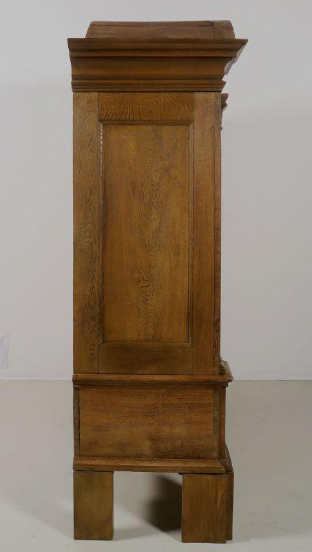 Restaurierter original Barock Kleiderschrank mit Rundbogen Antik Kolosseum 3