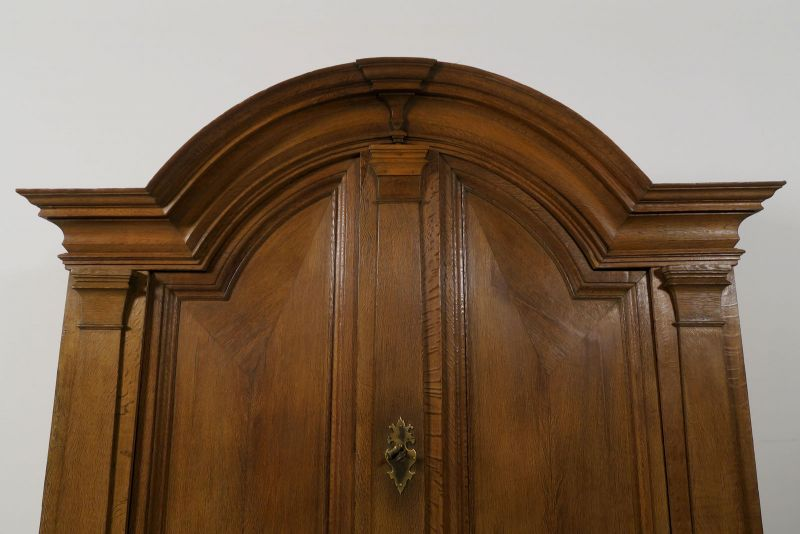 Restaurierter original Barock Kleiderschrank mit Rundbogen Antik Kolosseum 5