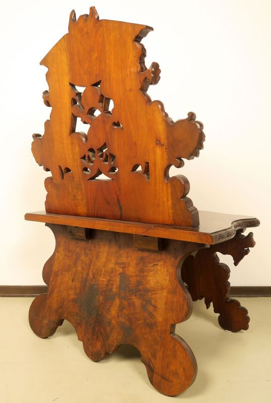 Geschnitzte Historismus Sitzbank gefertigt um 1880 aus Nussbaum Antik Kolosseum 3